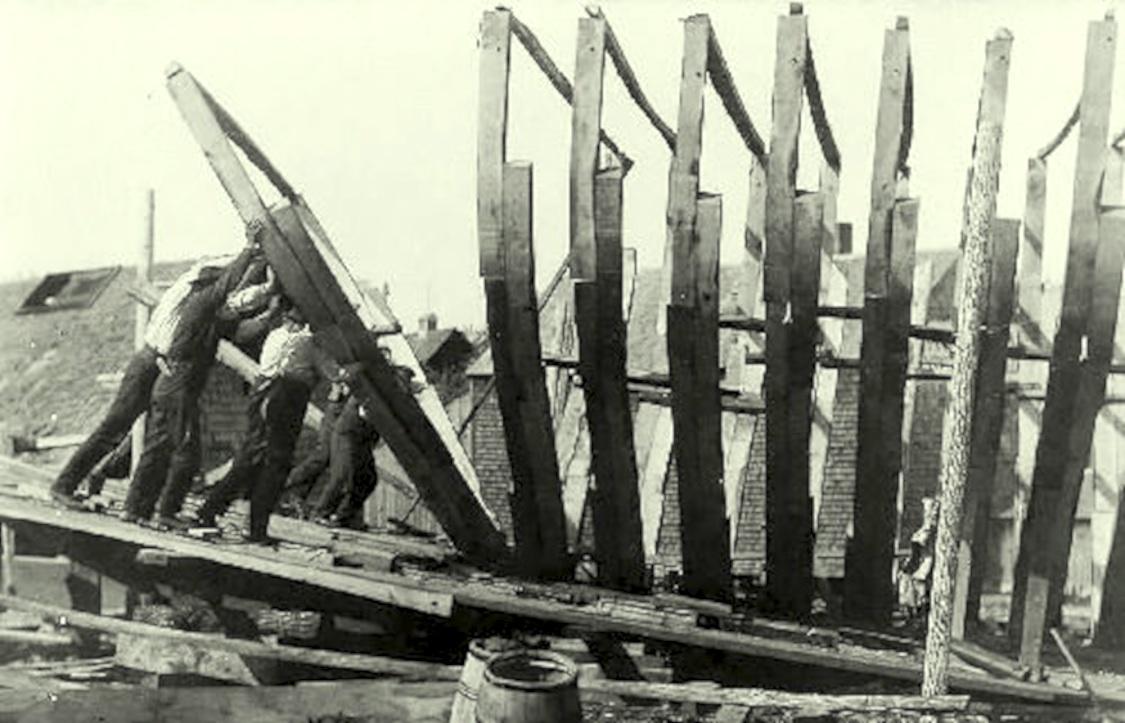 framing-up-a-schooner-john-f-james-son-yard-essex